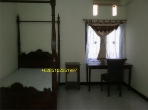 A fully furnished and spacious house for rent in the middle of the